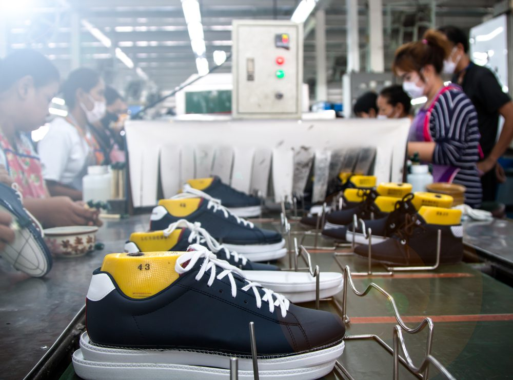 Footwear manufacturing and assembly process
